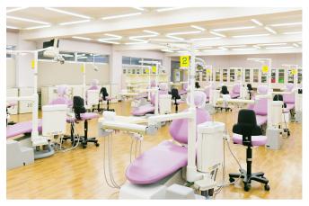 歯科臨床実習室